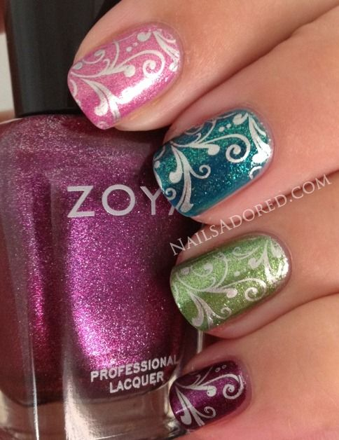 This is really nice, I love the fact they it is ok to wear more then one color nail polish at a time.