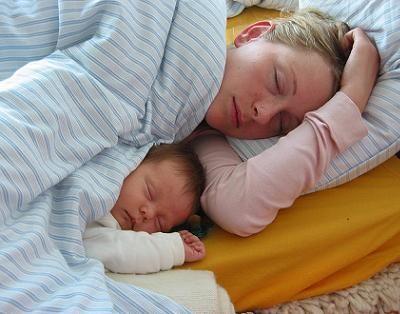 Pediatría Basada en Pruebas: Muerte súbita del lactante, colecho... y otros hec...