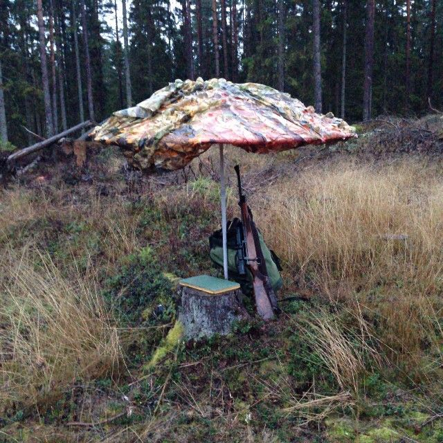 My home for the next hours. #moosehunt #rain #wildlife #hunting #jakt #älgjakt #pissväder #prasoll
