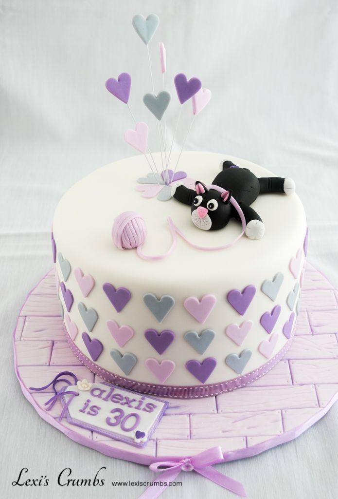 Purple & grey cat cake www.lexiscrumbs.com