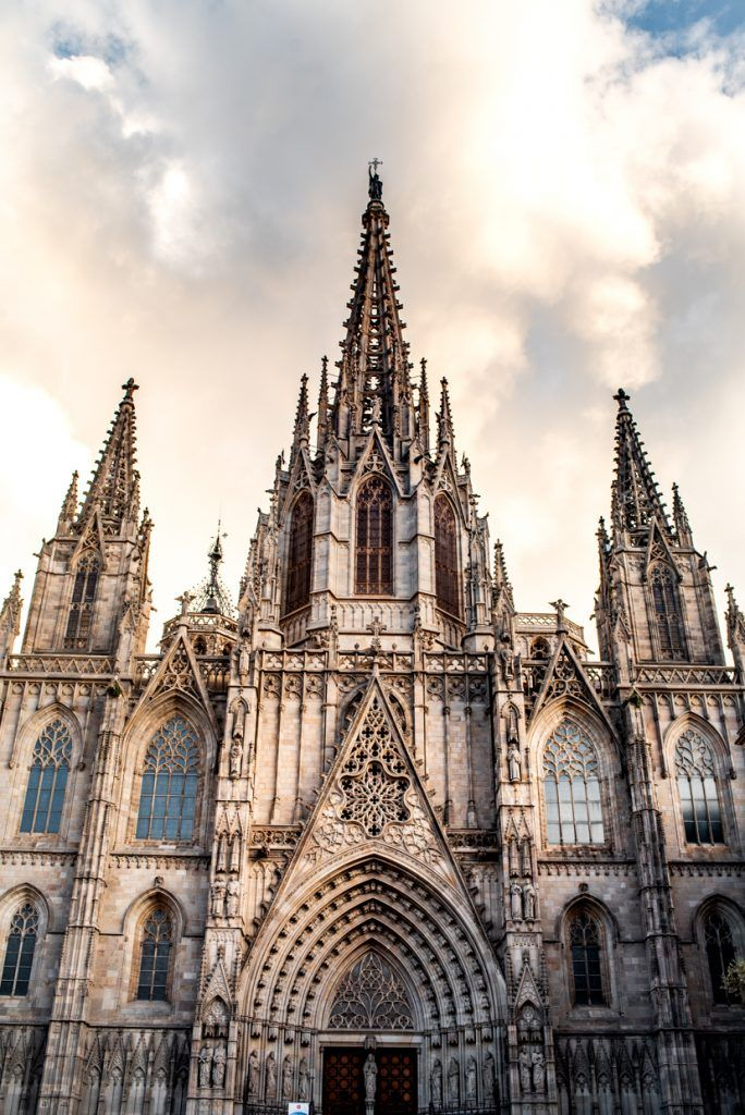 Eating Sightseeing Avoiding Pickpockets In Barcelona Adventures Of A K Gothic Architecture Gothic Cathedral Architecture