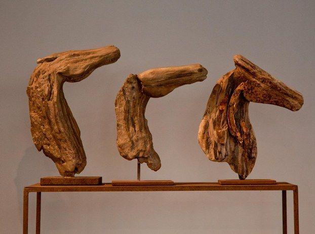 Άλογα από ξύλο και μέταλλο Alexandra Athanasiadis