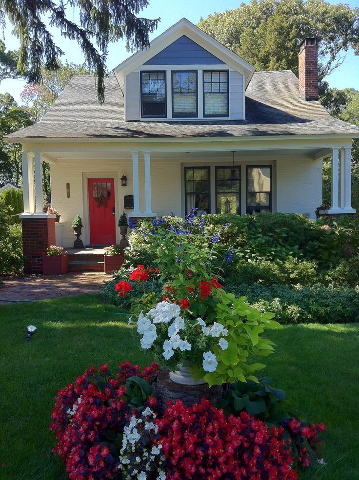 1920s Craftsman Bungalow Exterior Color scheme Porch