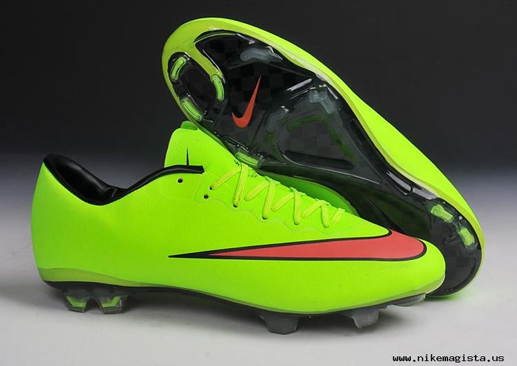 latest nike football shoes