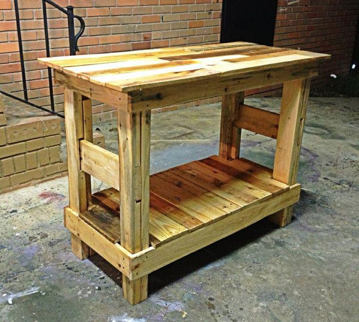 Pallet table, pallet furniture, pallet art, table