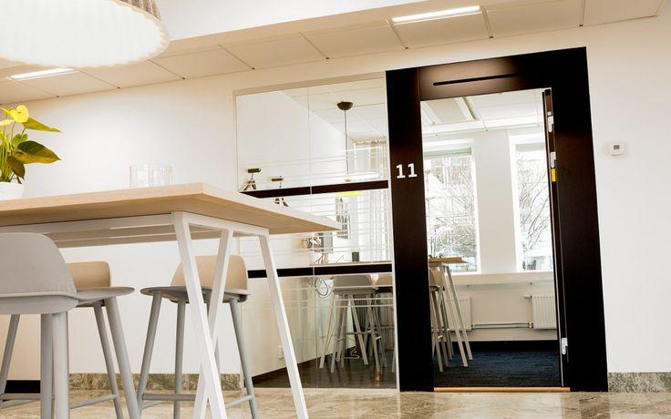 FLEX FRAMELESS, FLEX FLOW TOP och FLEX GLASSLINE En portallösning med krav på ljud, brand och modern design.