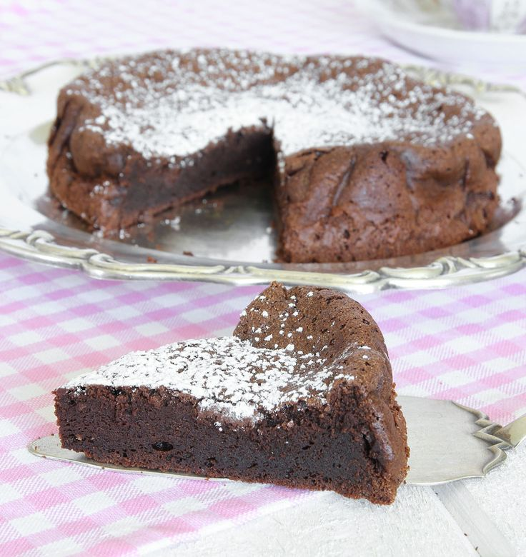 chokladtårta med bara två ingredienser