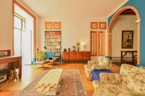 Lost Lisbon :: Chiado House - Situé au 1er étage d'un bâtiment historique, le…