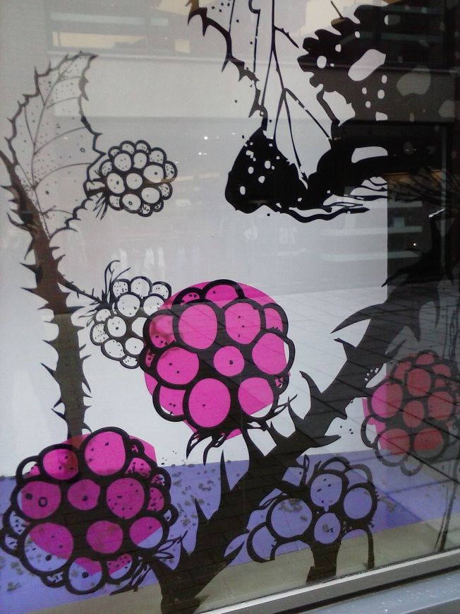Autumn blackberries shop window display in Cabot Circus, Bristol. From http://heartshapedhands.co.uk/2014/09/22/september-mabon/