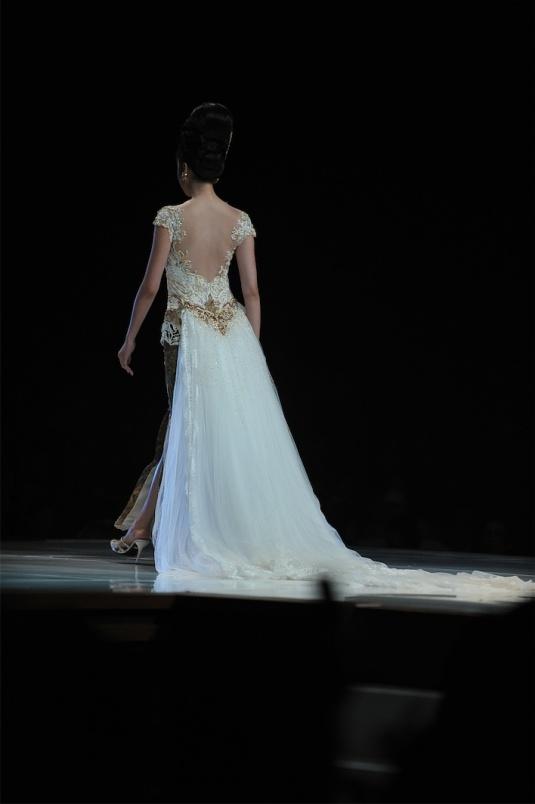 Kebaya pengantin Anne Avantie