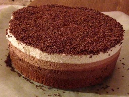 Entremet trois chocolats inratable - Recette de cuisine Marmiton : une recette