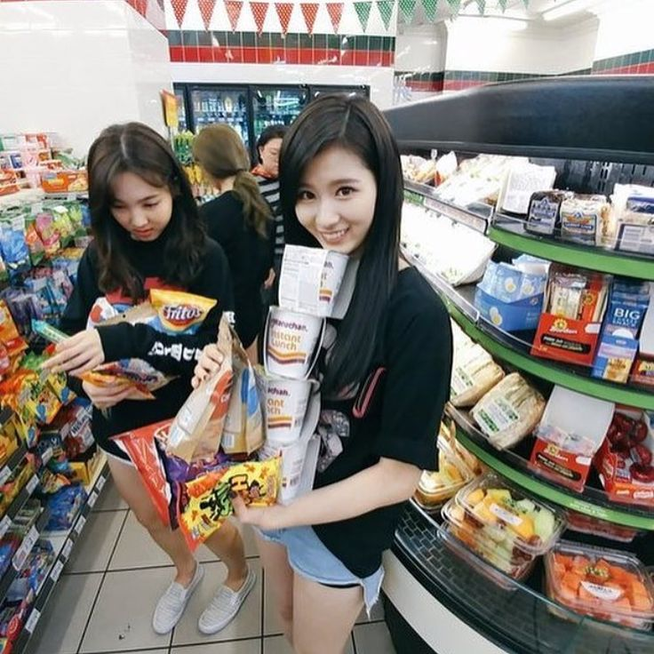 Nayeon is so relatable when u don't bother to get a basket bc you just wanna get one thing but 7/11 offers too much temptation and u end up wiping out the whole store. . . . #twice #once #jyp #jypentertainment #jypnation #girlgroup #kpop #me #7/11 #kpopf4f #sana #twicesana #twicenayeon #nayeon #cute