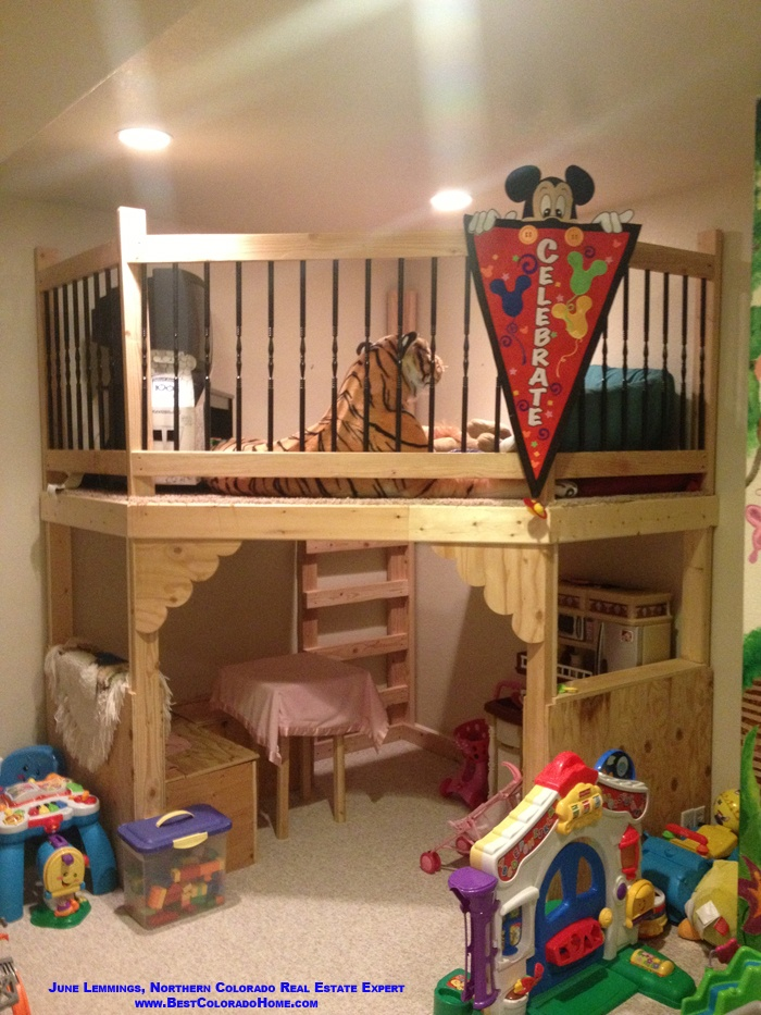 Cool custom bunk bedplay area in a