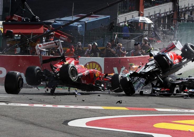 Romain Grosjean, Fernando Alonso and Lewis Hamilton are taken out in a spectacular first corner crash | Formula 1 photos | ESPN F1
