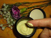 Codul Rosu: Crema iluminatoare cu turmeric