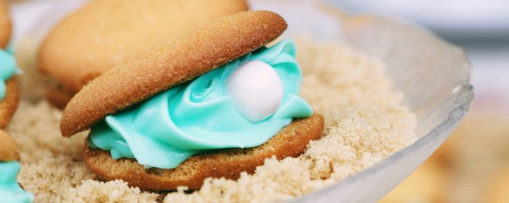 Everything's better under the sea, including these colorful oyster cookies!