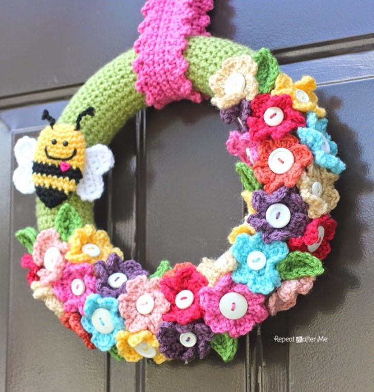 Nothing is better than the sweet colors of spring. Brighten up your days with this colorful crocheted spring wreath! Don't let all the pieces intimidate you. The simple spring crochet flower pattern works up in a matter of minutes so you can easily crochet a dozen or two in no time. Materials: – 12 inch …