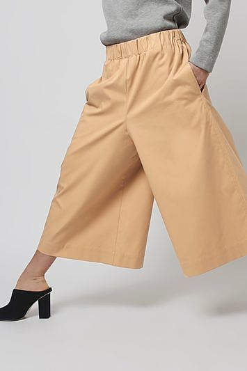 Womens camel wide leg culottes by boutique from Topshop - £85 at ClothingByColour.com