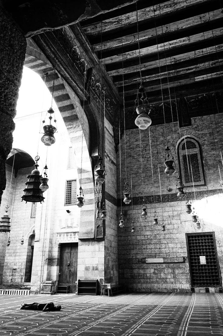 Cairo mosque by Alex Zeverijn