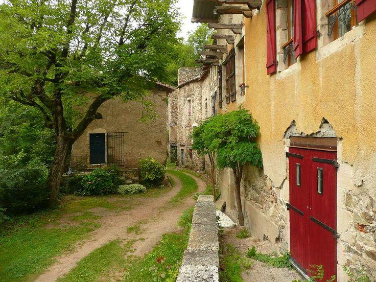 Maison 6 pièces 150 m² à vendre Saint Sauveur de Montagut 07190, 265 - chambre d hote antraigues sur volane