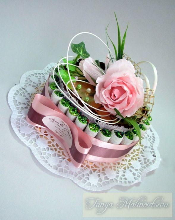 Gallery.ru / Фото #10 - Оформление конфетных коробок. Тортики из конфет. - boogi-woogi