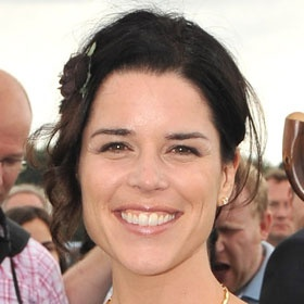 Neve Campbell Guest-Stars On 'Grey's Anatomy'    Read More HERE: http://uinterview.com/news/neve-campbell-guest-stars-on-greys-anatomy-6040