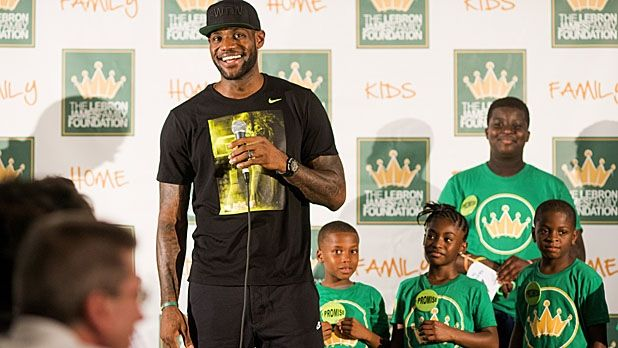 The LeBron James Diet Revealed (And How to Make It Work For You)