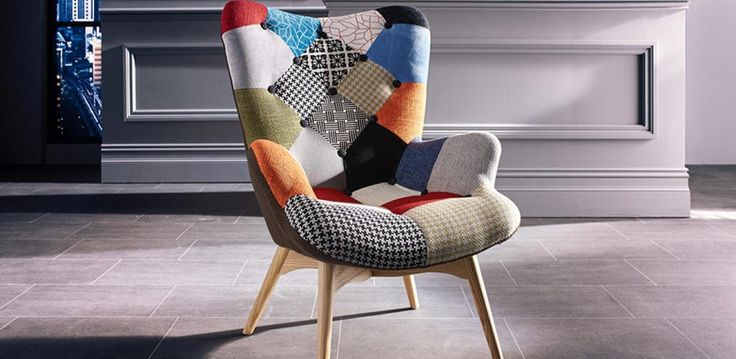 This Classic style armchair easily demands attention and will quickly become a feature and centre piece of your setting. It's high back and eclectic patchwork fabric design make this NOT a chair to be missed, with comfort and style covered there's not muc