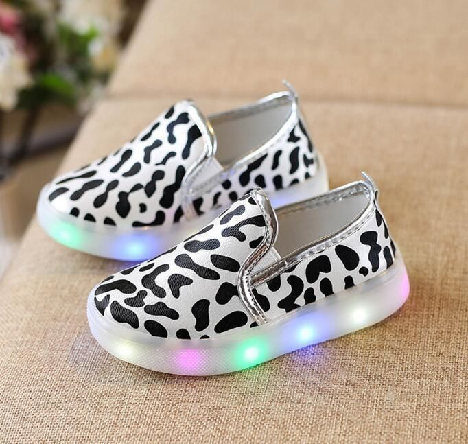 LE LED Sneakers Light Lace Up Kids Luminous Children Boys Girls Casual Shoes