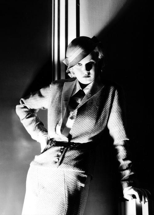 warnerarchive:  Jean Harlow in Bombshell (1933)