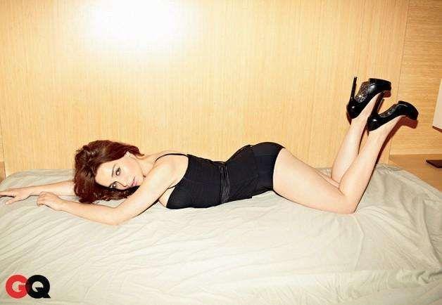 Sexy Emilia Clarke | Gallery of Hot Pics & Photos