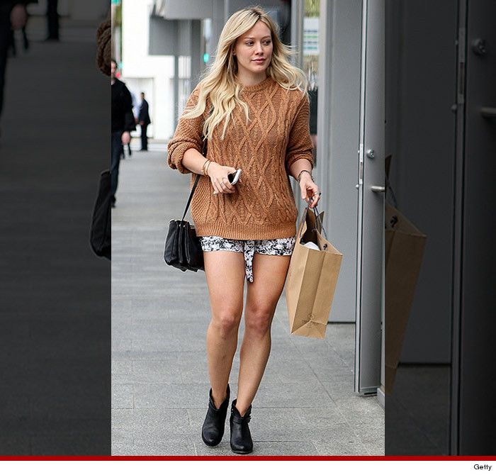 Hilary Duff doesn't give a flying fat about your winter storm #Juno2015 #Snowmageddon