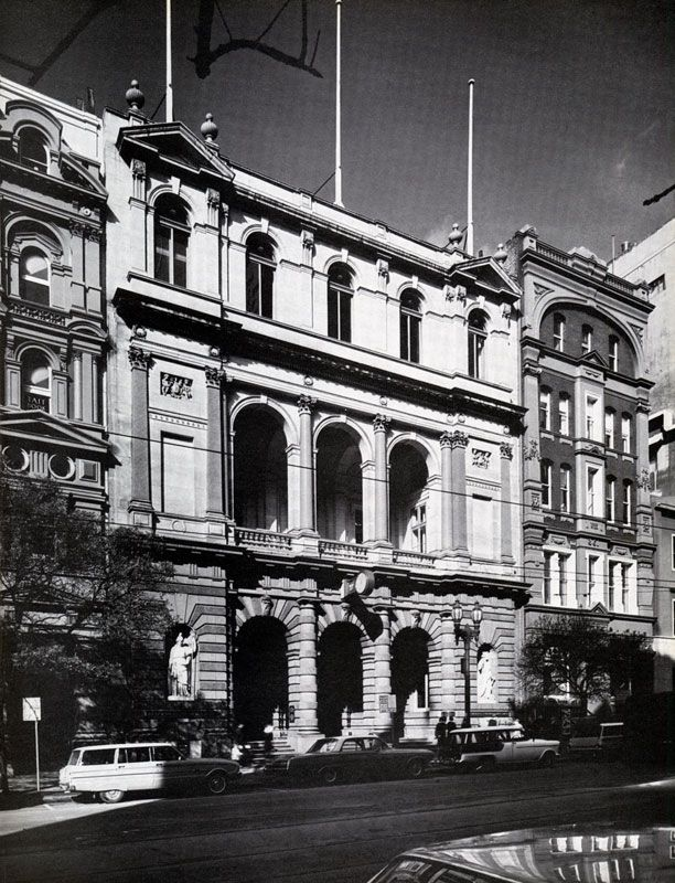 Union bank of Australia, formerly at 351 Collins St, Melbourne. The two statues by R. Jackson, 'Britannia' and 'Goddess' were moved to Melbourne University.