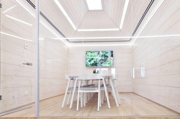 Kanceláře a zasedací místnost Sonnentor v Čejkovicích. Víc o projektu zde: https://www.no-a.eu/sonnentorslunecnikancelare