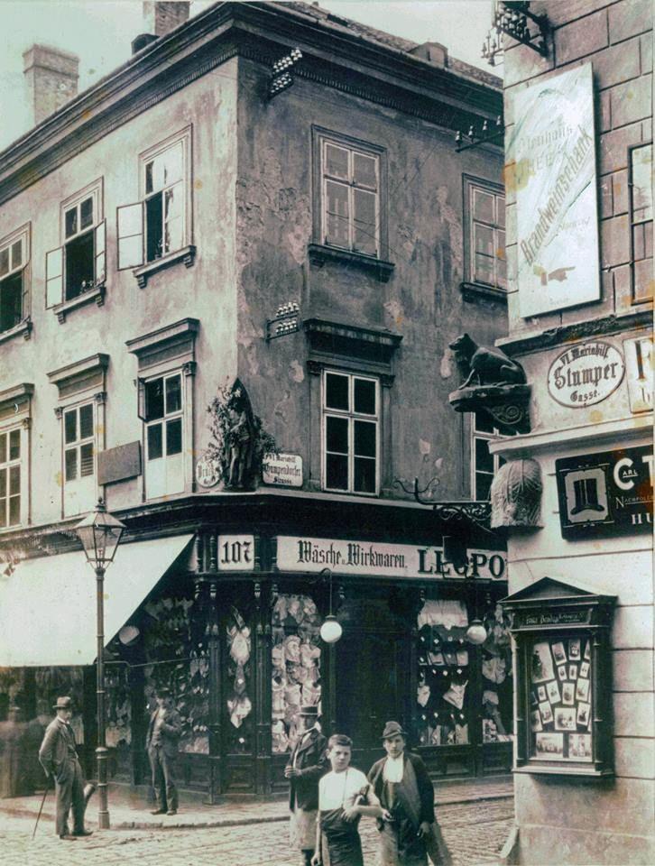 Wien - Vienna. Stumpergasse, Ecke Gumpendorfer Straße in Mariahilf, um 1900.  (© Ster Planungs- und Bauges.m.b.H Privatarchiv)
