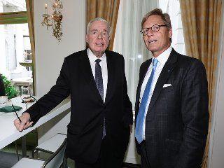 Klaus-Michael Kühne (l.) verliert seinen engsten Vertrauten im HSV-Aufsichtsrat: Karl Gernandt (r.).