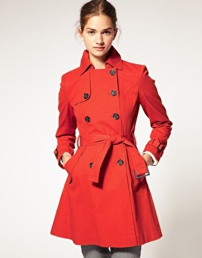 I love colourful trench coats! <3