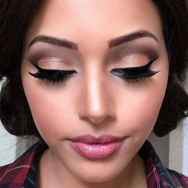 Pin Up Girl Make Up Inspiration Hair And Beauty