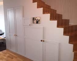 Bildresultat för hyllor under trappan