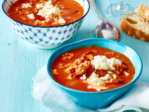 Unser beliebtes Rezept für Tomaten-Bulgur-Suppe mit Blumenkohl und mehr als 55.000 weitere kostenlose Rezepte auf LECKER.de.