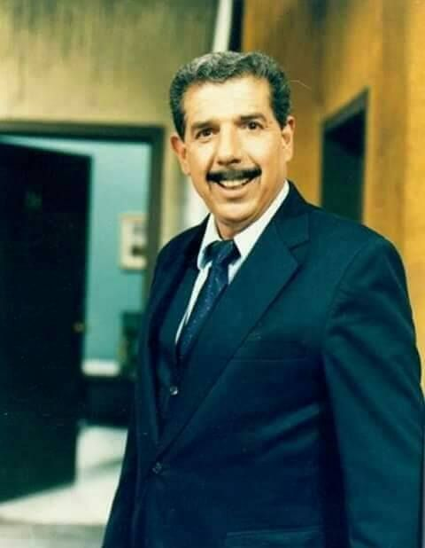 Luto . Falleció el maestro más querido por todos. Q.E.P.D Profesor Jirafales