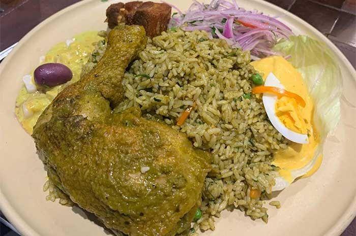 Arroz Con Pollo Receta Peruana 2021 Comidas Peruanas Receta Arroz Con Pollo Recetas De Arroz Con Pollo Comida Peruana