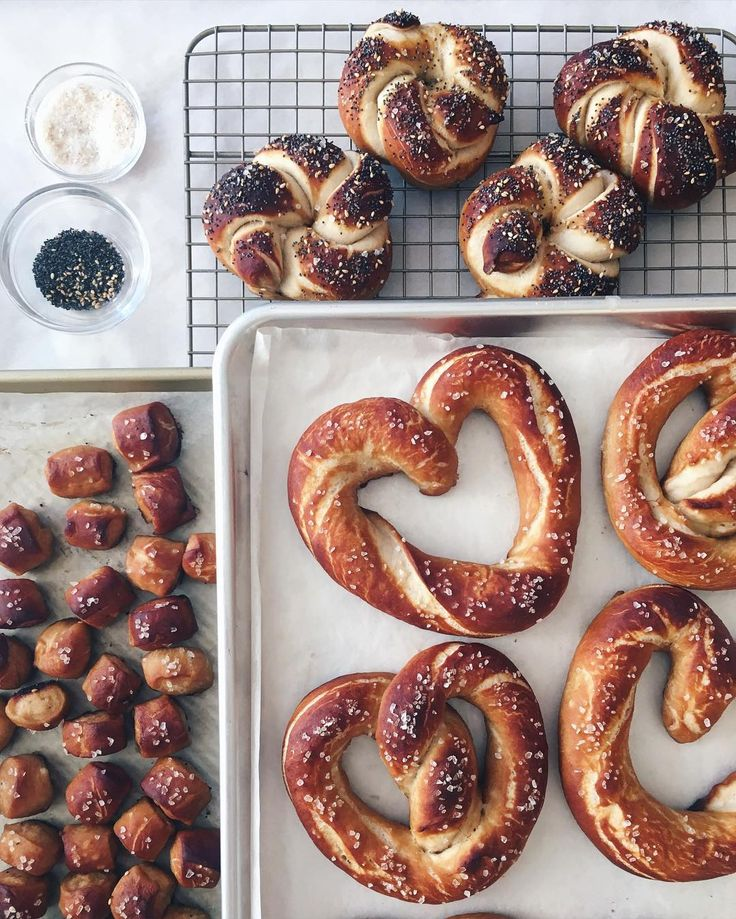 Tomorrow is #PretzelDay! Here's a prep pic from Feb when I made the @marthastewart cover recipe 3 ways: hearts knots with everything bagel toppings and nuggets. Served with mustard. by jennyeesf