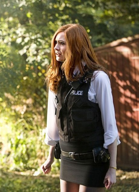 Amy Pond .. This would be a really cool costume to wear to comic con if we could find it. @Elizabeth Robinson