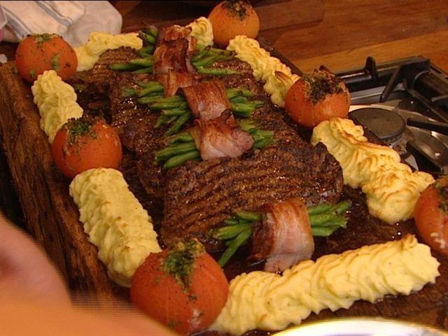 Per Morbergs plankstek med grillade tomater (kock Per Morberg)