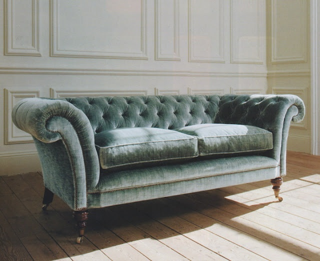 Plush velvet couch.  I know you know how much i dislike blue but this is very much like the sofa i had when i divorced and had for many years until right before i moved to Austin.