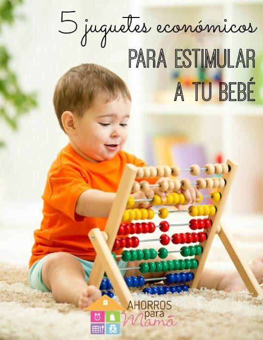 5 juguetes económicos para estimular al bebé