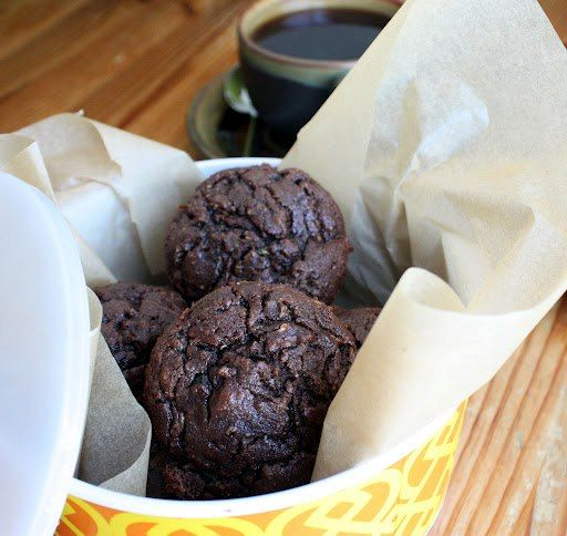 Chocolate Zucchini Paleo Muffins #Fresh4Five