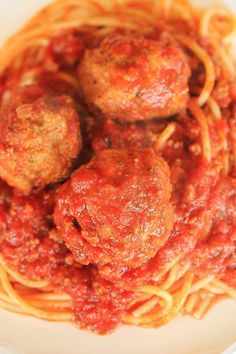 The BEST Italian Meatballs - My father-in-law's amazing recipe + they're BAKED! | http://www.browneyedbaker.com/baked-italian-meatballs/