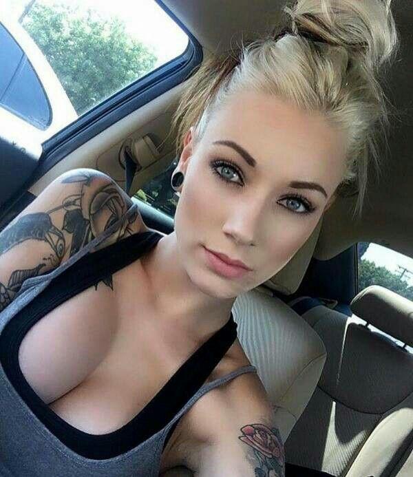 Hardcore nude pin up girls